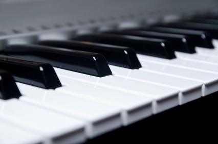 pianowhtside-1000x1000