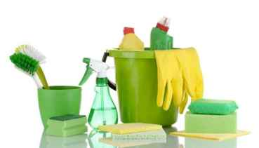 green_cleaning_tools